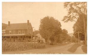 Vermont  East Randolph , Main Street , Village Inn ,  RPC