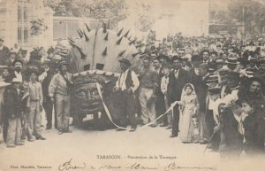 TARASCON , France , PU-1905 ; Procession de la Tarasque
