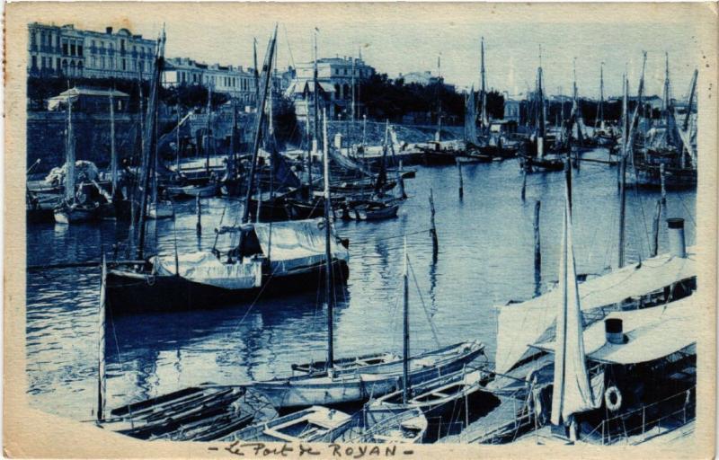 CPA ROYAN - Le Port (481155)