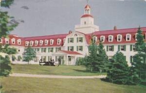 Illustration, Front View of Hotel Tadoussac, Tadoussac, Quebec, Canada, PU-1955