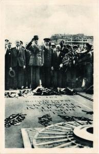 CPA PARIS 8e Le General de Gaulle devant la Dalle Sacree du Soldat Inco (258950)