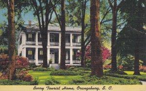 ORANGEBURG, South Carolina; Berry Tourist Home, 30-40s