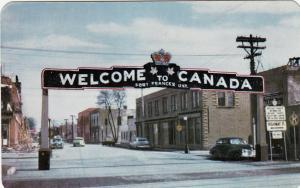 FORT FRANCES , Ontario , Canada , 50-60s , Main Street Gateway ,  #2