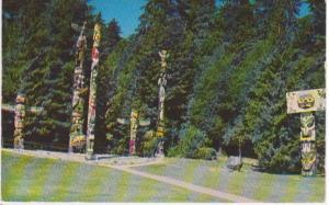 STANLEY PARK, TOTEM POLES, VANCOUVER BC