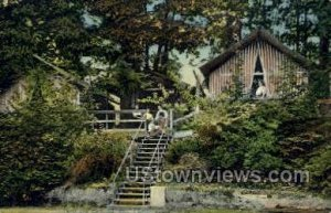Tents & Cottages, Pine Lodge in Angola, New York