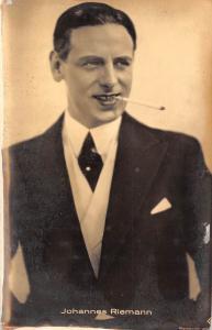 Actor Johannes Riemann cigarette