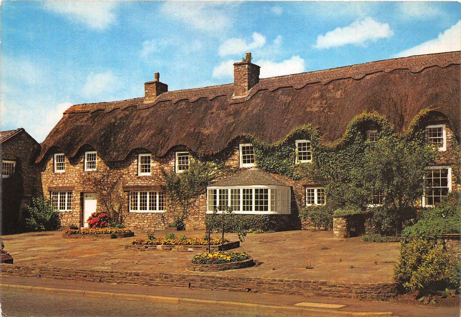 Maison Toit De France b53019 typical thatched house maison au toit de chaume
