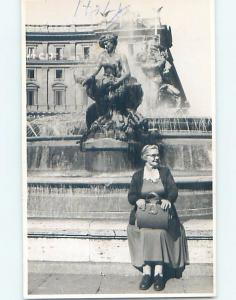 old rppc WOMAN WITH HANDBAG PURSE BY STATUTE country of Italy HM1488
