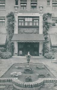 WASHINGTON D.C., 30-50s; The Dodge Hotel, Pool in Lovely Gardens