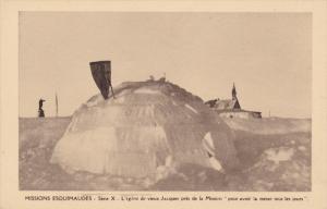 Missions Esquimaudes, L'Iglou De Vieux Jacques Pres De La Mission Pour Avoir...