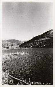 RP: FRUITVALE, British Columbia, Canada , 30-40s ; Water View