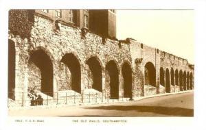 RP; The Old Walls, Southampton, Hampshire, England, United Kingdom, 00-10s