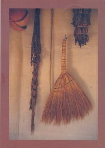 Paraphernalia of Daily Life in Traditional Korea - pm 1994