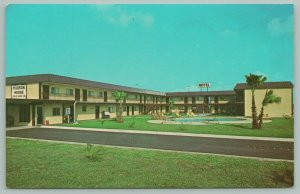 Harlingen Texas~Hudson House Roadside Motel~Color TV~Kitchenettes~Carey Dr~1990s