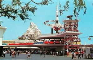 CA, Anaheim, California, Disneyland, Tomorrowland, Rocket Jets,Dexter DT-29558-C