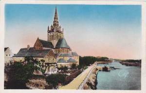 Hand Colored, LAVAL, L'Eglise d'Avesnieres et la Mayenne, France, 10-20s