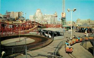 Amusement Fun Zone Roller Coaster Nu Pike 1950s Postcard Teich Western 5640