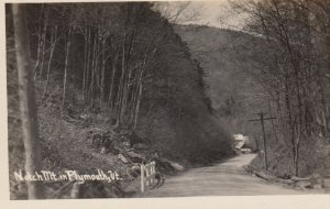 RP: PLYMOUTH , Vermont , 1910s , Road at Notch Mountain