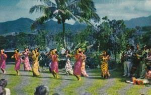 Hawaii Natives Dancing Under The Sky