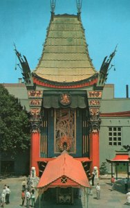 10531 Grauman's Chinese Theatre 1961 Hollywood, California