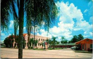 1950s Old Car Brant Court Motel Chapman Haines City FL Polk Co Postcard Florida