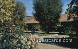 Taft, California Postcard        ;       Taft, CA Post Card