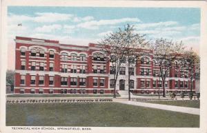 SPRINGFIELD , Massachusetts , 00-10s; Technical High School