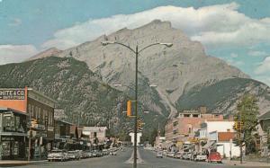 BANFF , Alberta , Canada , 40-60s ; Main Street