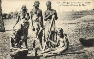 CPA Senegal Ethnic Nude Fortier - 1285. Femmes Céréres de Sine (71128)