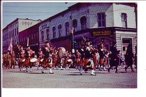 Parade Downtown, Ingersoll Pipe Band, Ontario, IOOF, Allan Hall General Insur...