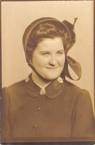 Salvation Army Lady Portrait~Alverda M Sewell to Aunt Anna~SA Bonnet~1910 RPPC
