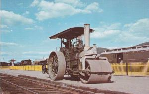 Large Steam powered road roller, Steamtown USA, BELLOWS FALLS, Vermont,   40-60s