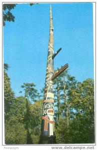 World's Tallest Totem Pole Beacon Hill Park Victoria British Columbia BC, Chrome