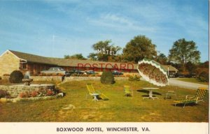 BOXWOOD MOTEL south of WINCHESTER, VA. on US 11. Mr & Mrs Curtis Money