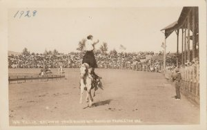 PENDLETON , Oregon, 1928 ; Female Rodeo , Tillie Baldwin Trick Riding