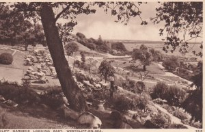 WESTCLIFF-ON-SEA, Essex, England, 1900-1910s; Cliff Gardens Looking East