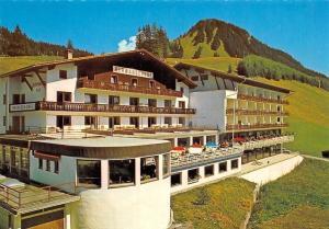 Alpenhotel Berwangerhof, Berwang Tirol Terrassen Cafe