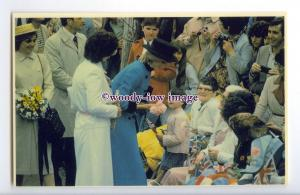 r2511 - Princess Diana visits the small Fishing Port of Harbour Grace - postcard