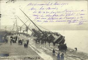 france, BORDEAUX, L 'échouement Paquebot CHILI, Ship Grounding (1903) RPPC