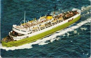 CNR Car Ferry 'Abegweit' btwn Borden PE and Cape Tormentine NB Postcard F88