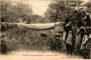 CPA AK Scenes de la Vie Malgache MADAGASCAR (909687)