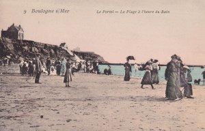 BOULOGNE s/MER, France, 1900-1910's; Le Portel, La Plage A L'heure Du Bain