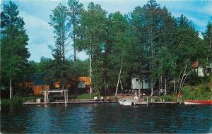 Bemidji Lady Wears Sedge Hat~Jaegar's Resort WoodWall~Movil Lake~1950s Postcard