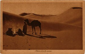 CPA Lehnert & Landrock 171 Repos dans les dunes TUNISIE (873823)