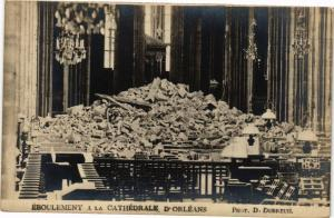 CPA Eboulement a la Cathédrale d'ORLÉANS (265922)