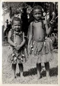 Papua New Guinea, Real Photo Native Papuas, Native Children (1930s) RP (19)