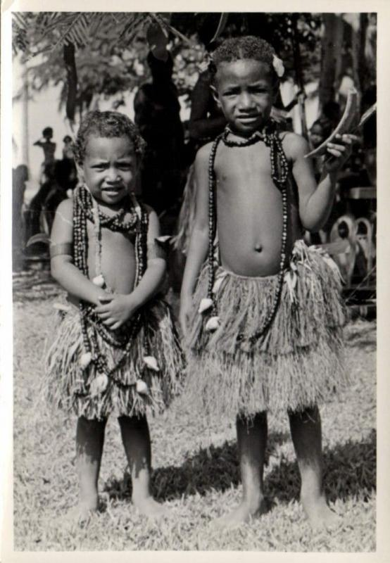 Papua New Guinea, Real Photo Native Papuas, Native Children (1930s) RP (19)