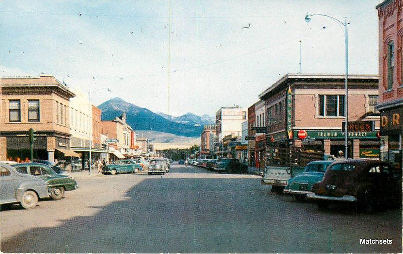 LIVINGSTON MONTANA Street Scene autos Yellowstone postcard 10149