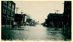 CT - Hartford. March, 1936. Great Flood. East Hartford Blvd. at Flood's Height
