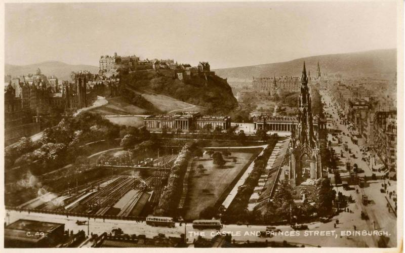 UK - Scotland. Edinburgh, The Castle and Princes Street     *RPPC